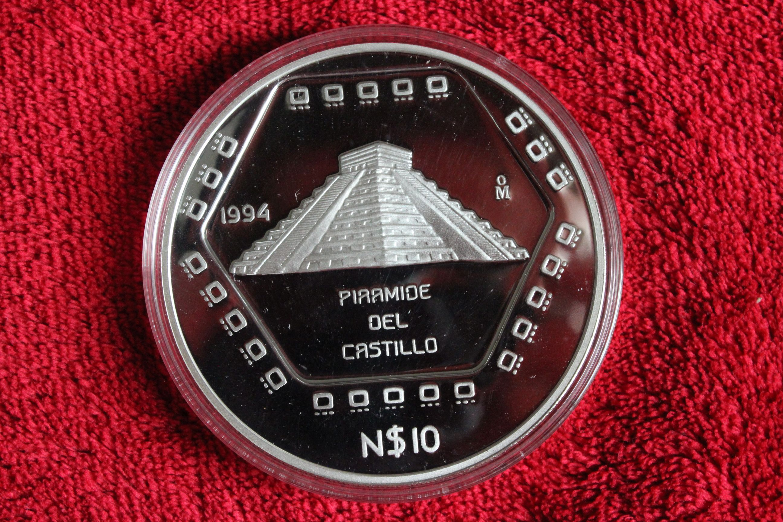 Mexiko_5oz_Piramide_del_castillo_pp.JPG