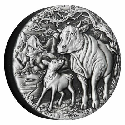0-01-2021-YOT-Ox-2oz-Silver-Antiqued-Coin-OnEdge-HighRes.jpg